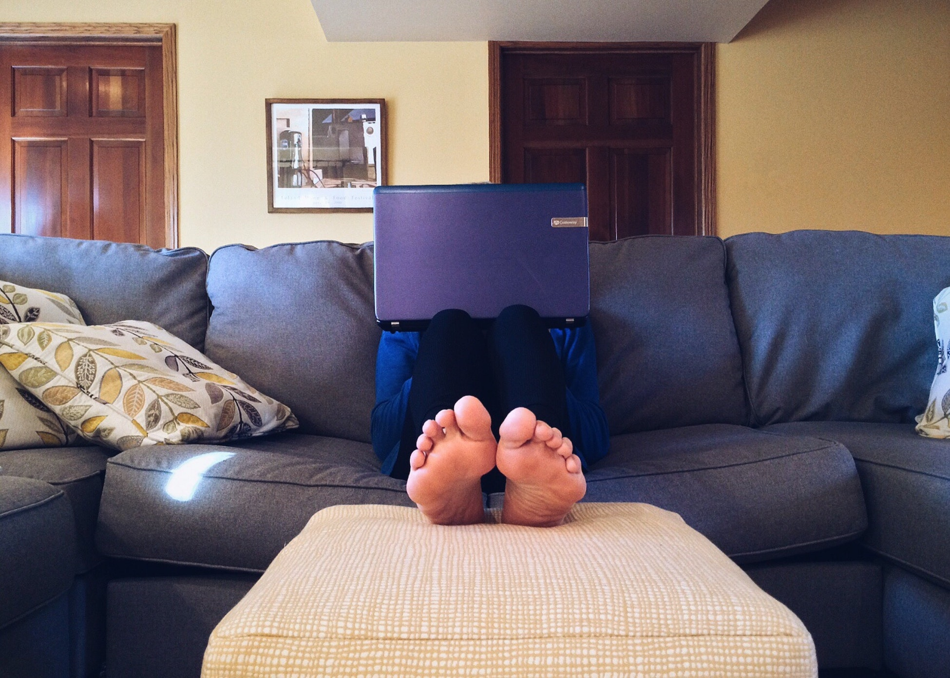 working from couch - allow employees to work from home